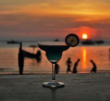 МВД разрешит пить алкоголь с 18 лет. А пока можно с 17