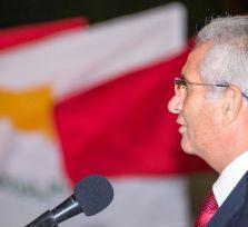 Генсек AKEL назвал потери Кипра от антироссийских санкций