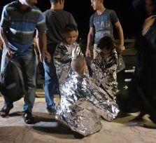 Лодка с 143 беженцами из Сирии прибыла к берегам Помоса (фото)