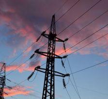 За год цены на электроэнергию выросли на 40%