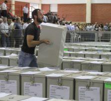Кипрские политики побоялись конкурировать с карнавалом