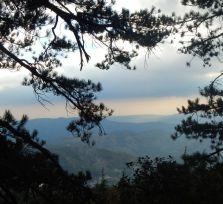 Погода на Кипре: на побережье — до +34, в Троодосе — дожди и грозы