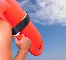На четырех пляжах Лимассола спасатели будут находиться круглый год
