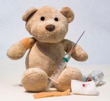 Отказываться от прививок — это нормально?!