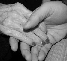 Пара из Ларнаки прожила в счастливом браке 60 лет и умерла в один день