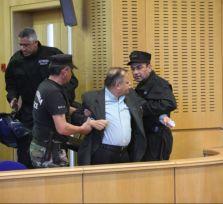 Горячая пятница в парламенте: депутаты чуть не подрались