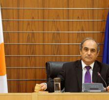 Кипрские депутаты получают 4000 евро. Глава парламента: наш труд недооценен!