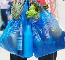 C 2018 года полиэтиленовые пакеты в супермаркетах будут платными
