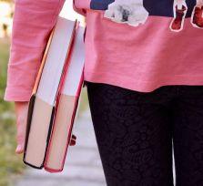 Студентка потребовала от отца 1200 евро в месяц. Суд решил — хватит и 130