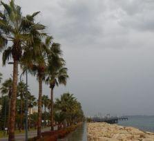 В Лимассоле наконец-то прошел дождь