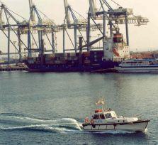 В порту Лимассола произошел разлив горючего