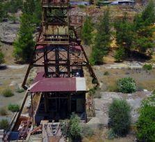 В шахте рядом с «кровавым озером» Митсеро найдено тело женщины