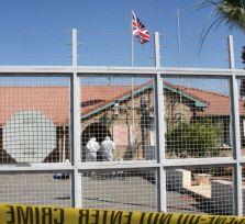 Неизвестный метнул гранату на въезде на британскую базу Декелия (фото)