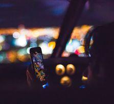 За разговоры по мобильнику оштрафован 651 водитель