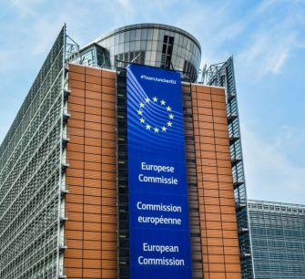 Еврокомиссия выдвинет судебные иски Кипру и Мальте из-за «золотых паспортов»