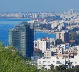 Продажи кипрской недвижимости иностранцам выросли в мае в четыре с половиной раза
