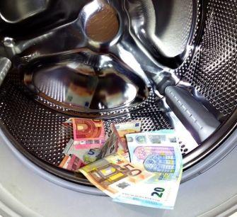 В борьбе с отмыванием денег Кипр потерял миллиарды евро
