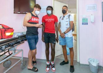 Глава минздрава Кипра призвал молодежь вакцинироваться