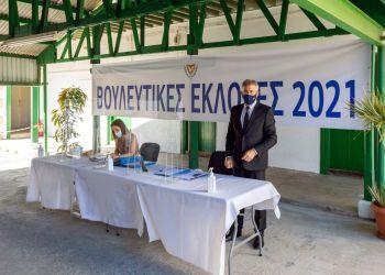 Накануне парламентских выборов на Кипре коронавирус отступает