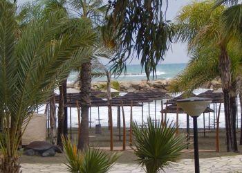 Наступил последний день затяжной серии дождей на Кипре (фото и видео)