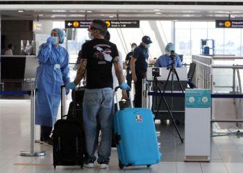 Phileleftheros: из-за ухудшения эпидемиологической ситуации Кипр рискует остаться без туристов