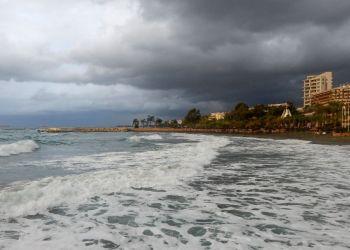 Середина недели на Кипре будет дождливой