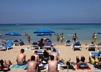 Турпоток на Кипр: всё хорошо, прекрасная маркиза!