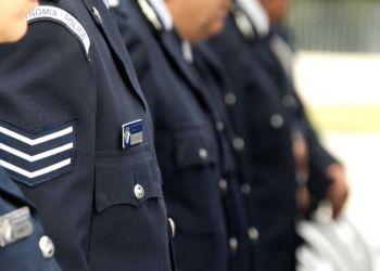 Кипрских полицейских переоденут в шорты