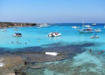 Власти Кипра мечтают увидеть туристов из России уже в июле