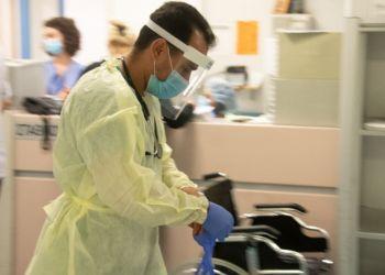 Врачам кипрских госбольниц предложат работать и после обеда
